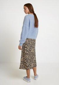 Monki - HALO SKIRT - Maxi skirt - beige/black - 2