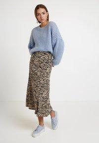 Monki - HALO SKIRT - Maxi skirt - beige/black - 1