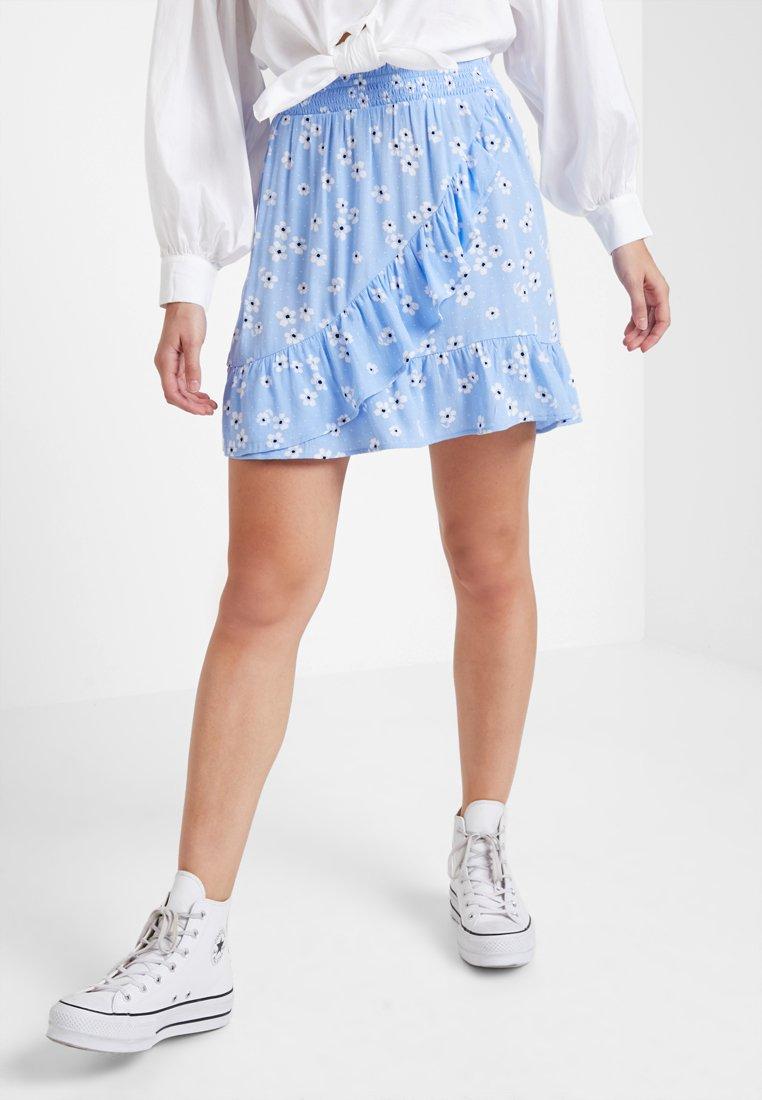 Monki - SABELLE SKIRT - A-snit nederdel/ A-formede nederdele - light blue/black/white