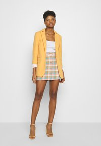 Monki - RIO SKIRT - A-Linien-Rock - yellow