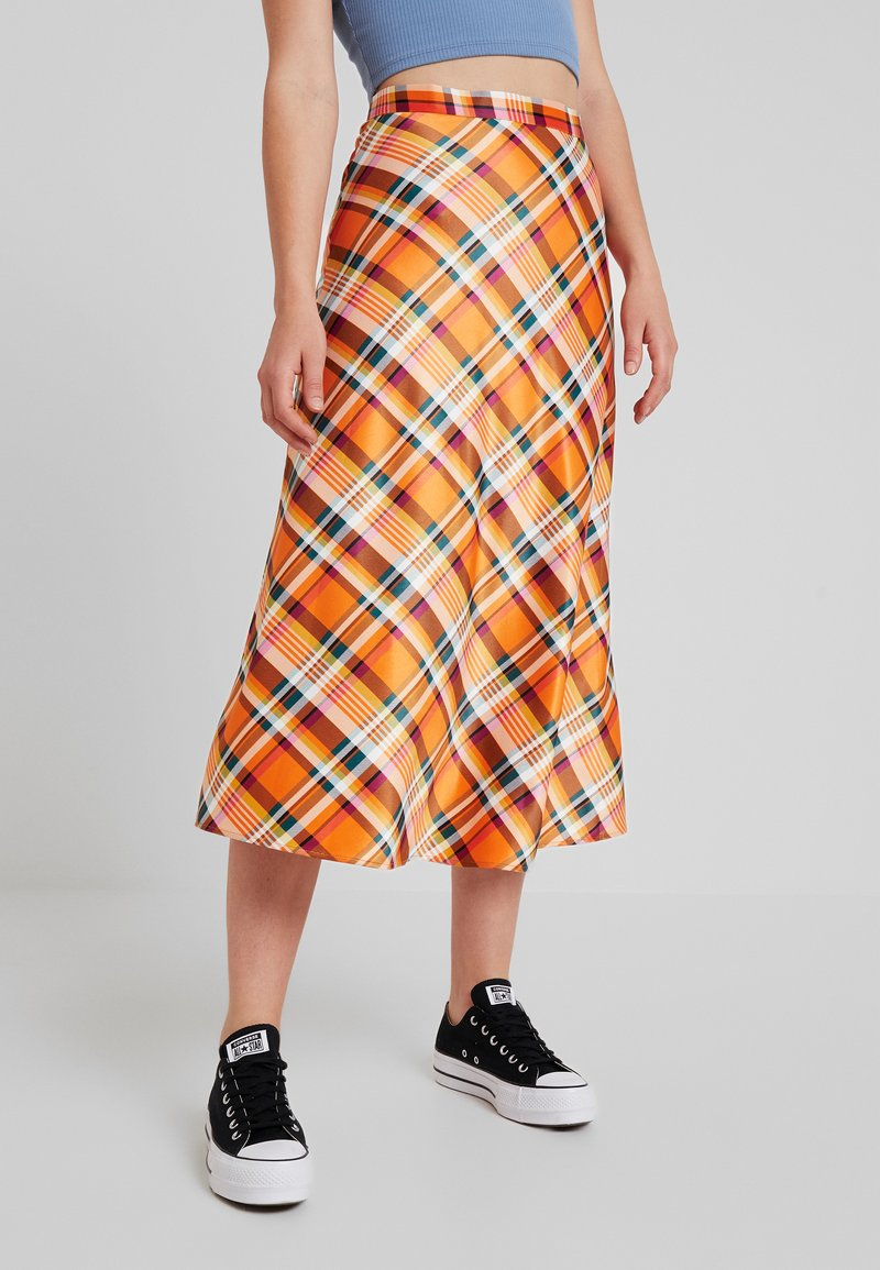 Monki - BRISA SKIRT - Falda larga - orange