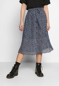 Monki - REGINA PLISSE - A-line skirt - black - 0