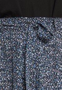 Monki - REGINA PLISSE - A-line skirt - black - 4