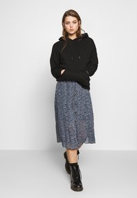 Monki - REGINA PLISSE - A-line skirt - black - 1