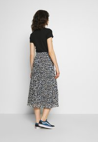 Monki - LAURA PLISSÉ SKIRT - A-linjainen hame - blue dark - 2