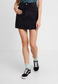 Monki - ARIA SKIRT - Denim skirt - black - 0