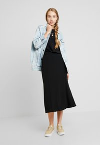 Monki - HALO SKIRT - A-line skjørt - black dark - 1