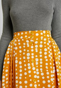 Monki - SIGRID SKIRT - A-line skirt - yellow dark unique - 4