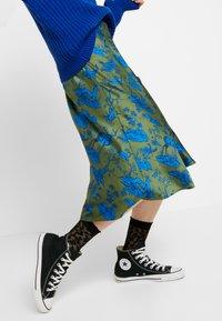 Monki - YANG SKIRT - A-line skirt - green - 3