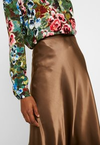 Monki - BRISA SKIRT - A-lijn rok - brown - 5