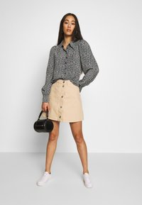 Monki - MARY SKIRT - Gonna a campana - light beige - 1