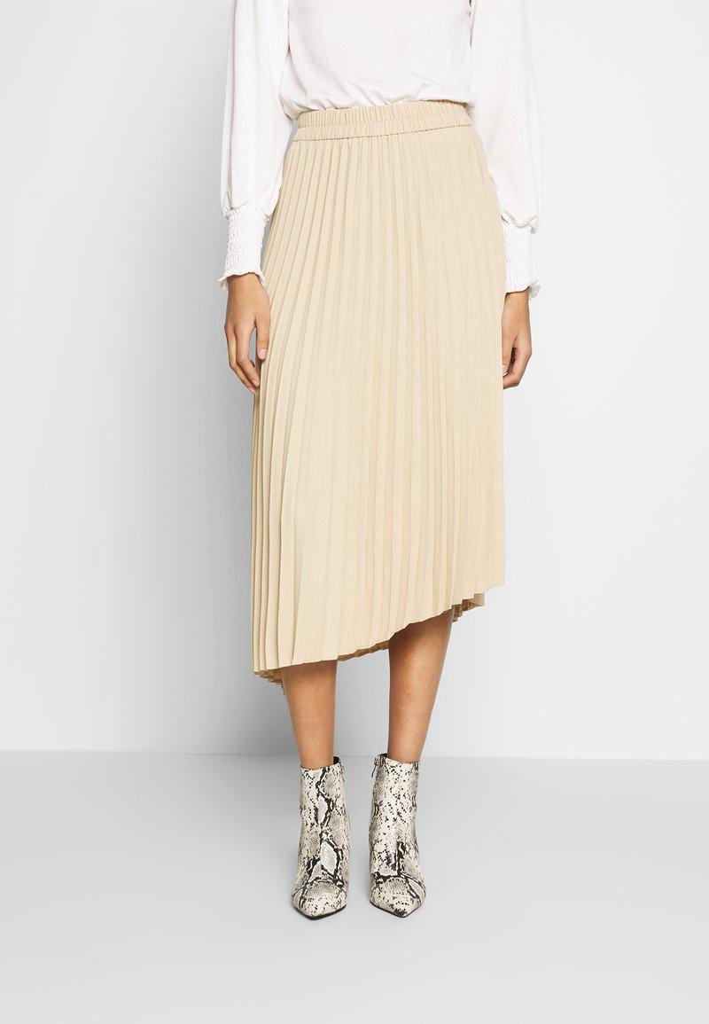 Monki - YAN PLISSE SKIRT - Spódnica trapezowa - beige
