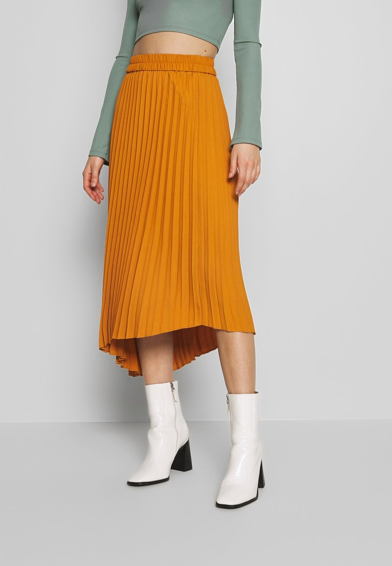 Monki - YAN PLISSE SKIRT - A-lijn rok - yellow dark