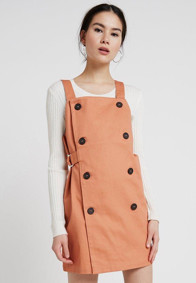 SYBIL DRESS - Vestido vaquero - orange