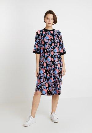 RIKA DRESS - Jersey dress - black/red/blue