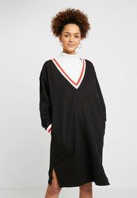 Monki - MIA DRESS - Sukienka letnia - black - 0