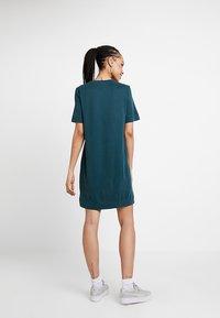 Monki - ABBIE DRESS - Robe en jersey - dark green - 2