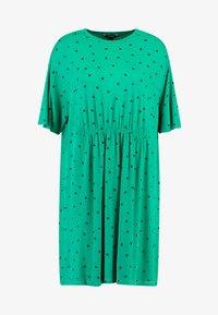 Monki - MIXI DRESS - Žerzejové šaty - green - 4