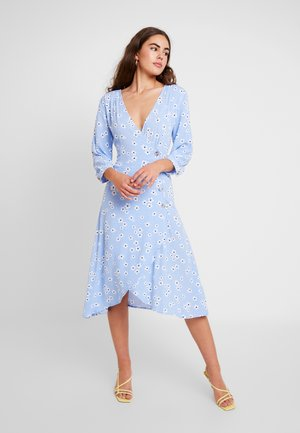 TORYN DRESS - Blousejurk - blue dusty light