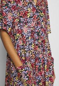 Monki - MATTIS DRESS - Košilové šaty - black - 5