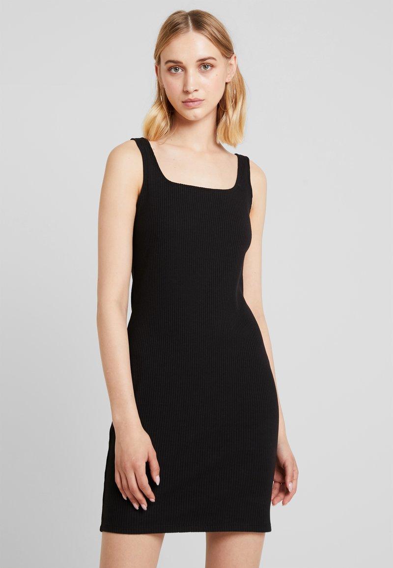 Monki - NOAH DRESS - Vestido de tubo - black