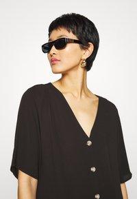 Monki - SILENA DRESS - Košilové šaty - black - 3