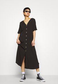 Monki - SILENA DRESS - Košilové šaty - black - 1