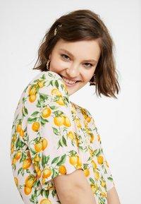 Monki - WINONA DRESS - Košilové šaty - pink - 4
