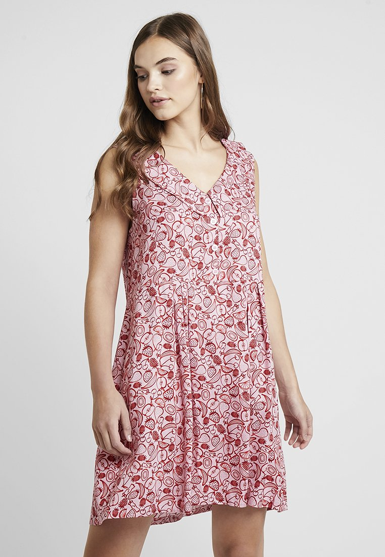 Monki - VIOLA DRESS - Blusenkleid - pink/red