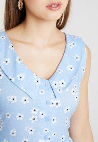 Monki - VIOLA DRESS - Košilové šaty - light blue - 4