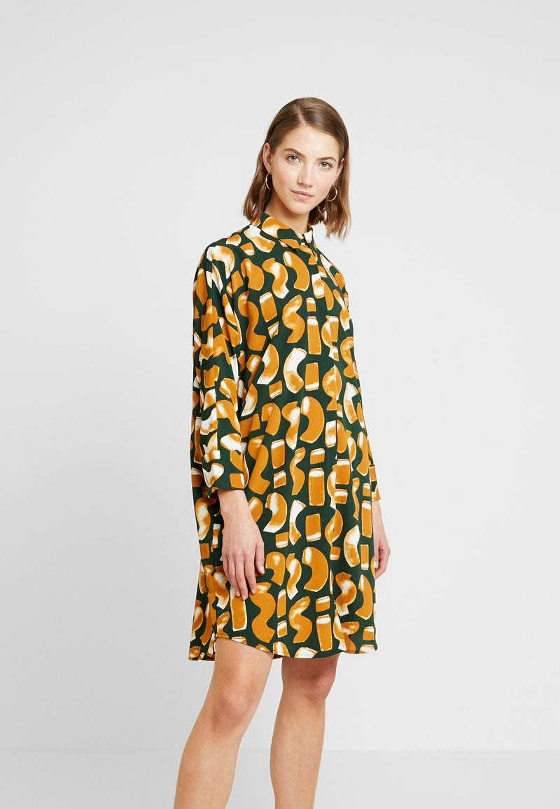 Monki - MOA SHIRTDRESS UNIQUE - Robe chemise - green dark
