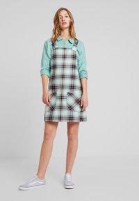 Monki - RUE DRESS - Sukienka letnia - dark green/light green - 2