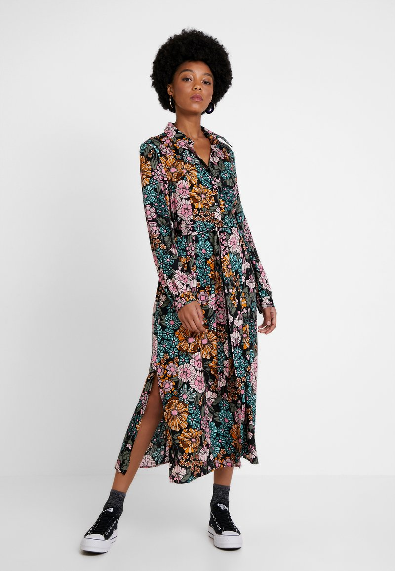 Monki - VENERA DRESS UNIQUE - Maxiklänning - pink/mint/mustard