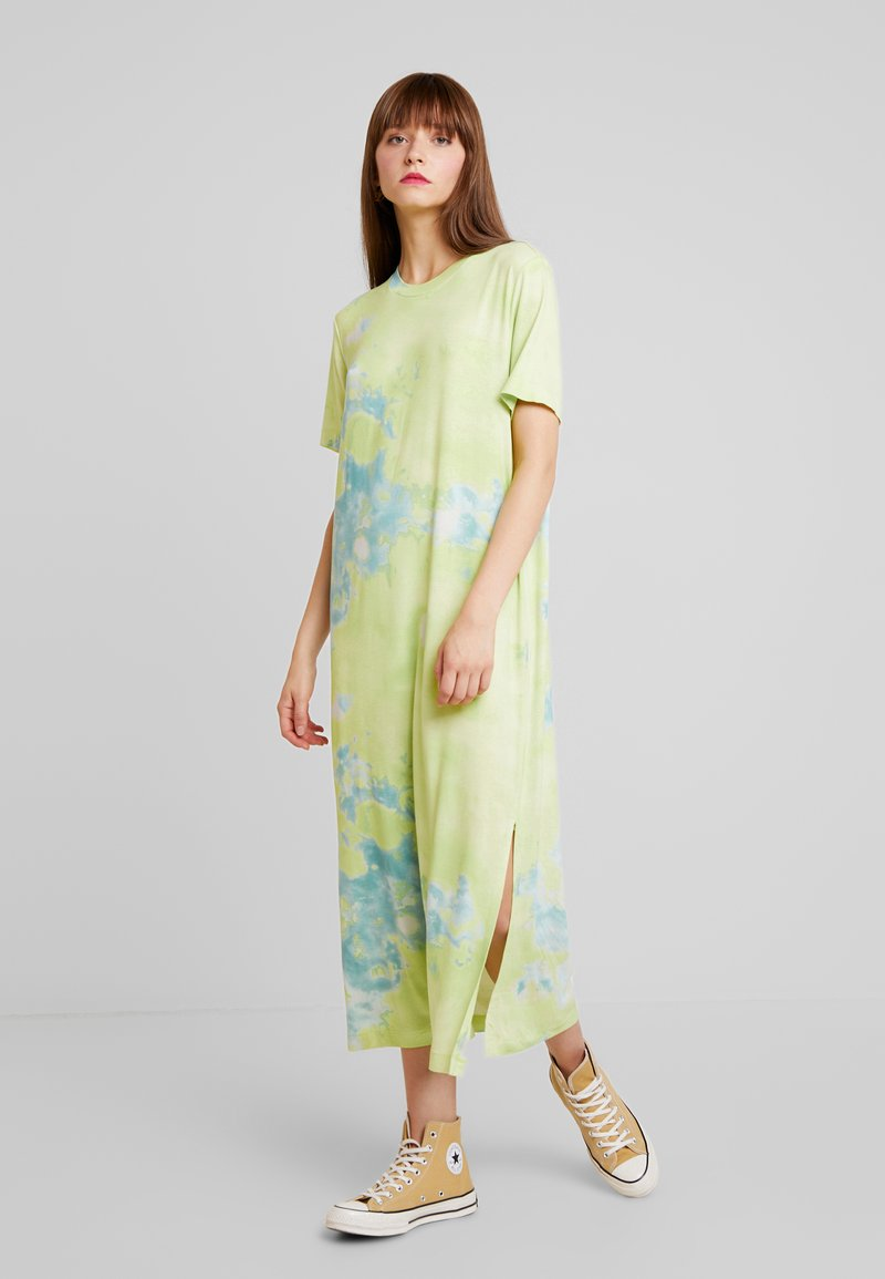 Monki - ISABELLA DRESS - Jerseykjole - tiedye light green