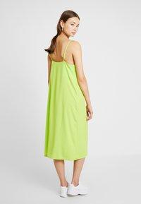 Monki - LAILA DRESS - Robe d'été - lime green - 3