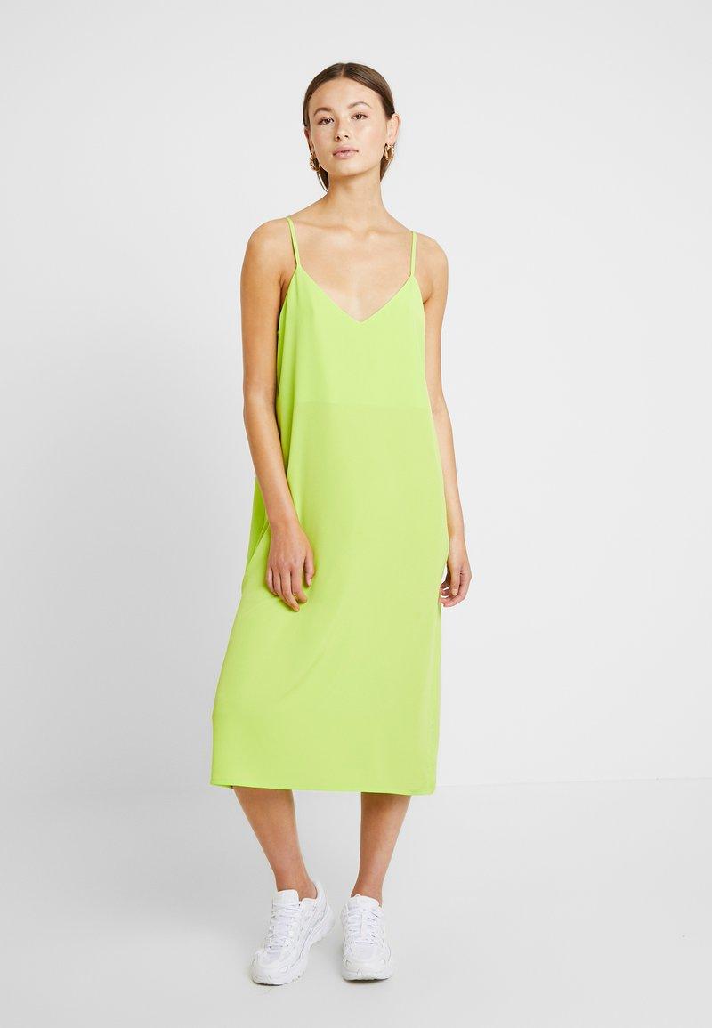 Monki - LAILA DRESS - Robe d'été - lime green