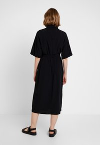 Monki - ELOISE DRESS - Sukienka koszulowa - black - 2