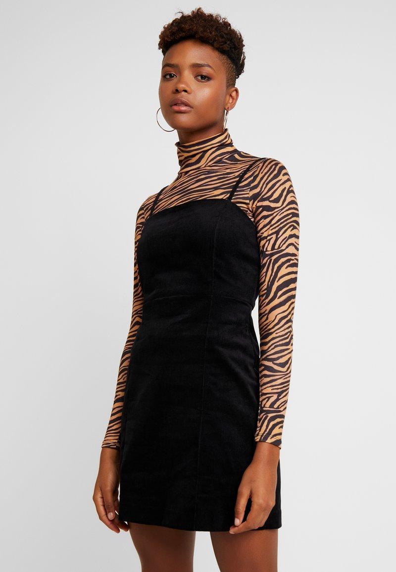 Monki - JUDY DRESS - Freizeitkleid - black