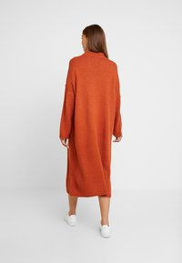 Monki - MALVA DRESS - Strikket kjole - rust - 3