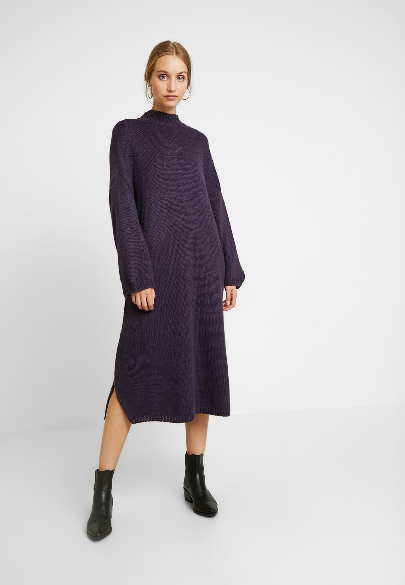 Monki - MALVA DRESS - Strickkleid - lilac purple dark unique