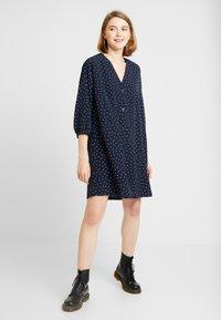 Monki - YESSA DRESS - Robe d'été - blue - 2