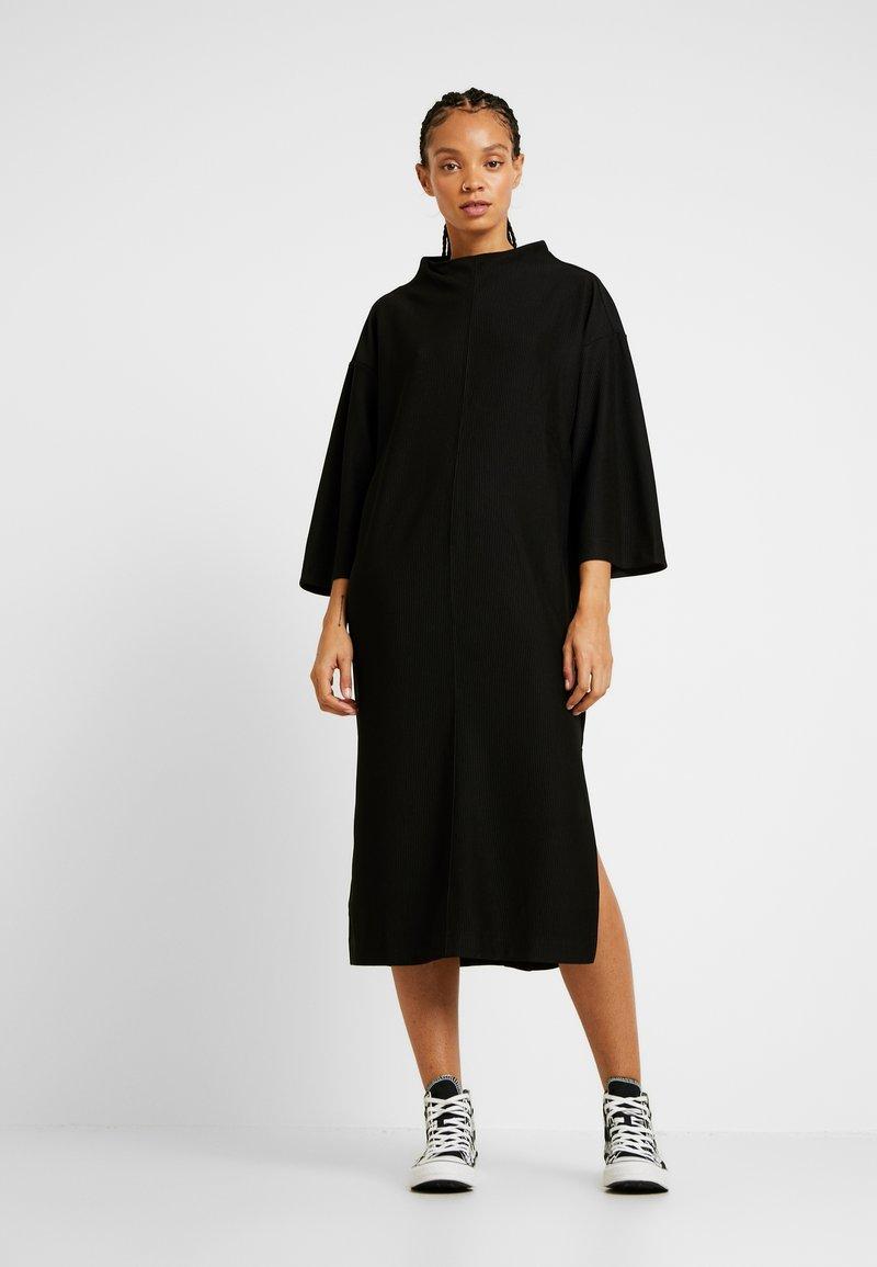 Monki - ARYA DRESS - Jerseyjurk - black dark unique