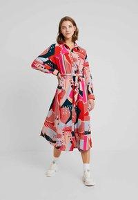 Monki - BERTA DRESS - Shirt dress - painted geometric - 1