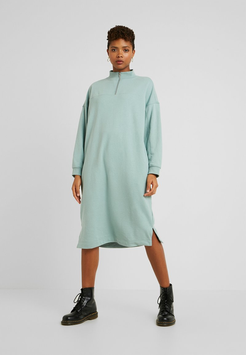 Monki - ELENA DRESS - Kjole - green