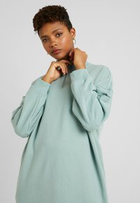 Monki - ELENA DRESS - Kjole - green - 5