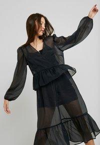 Monki - JENNIFER DRESS - Vestido informal - organza black - 4