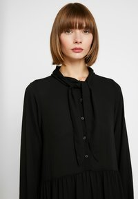 Monki - ROZ DRESS - Maxikjoler - solid black - 4