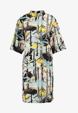 FEY DRESS - Denní šaty - forest