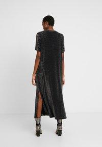 Monki - ISABELLA DRESS - Robe en jersey - black - 3