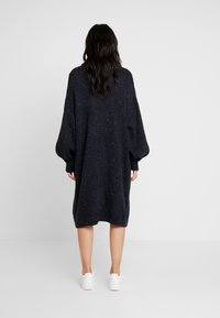 Monki - VALDA DRESS - Robe pull - blue dark - 2
